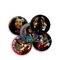 5 verschillende Bob Marley buttons