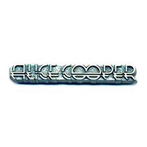 Alice Cooper speldje 'Logo'